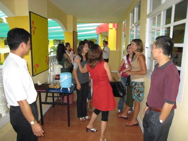 Parents socializing before the session