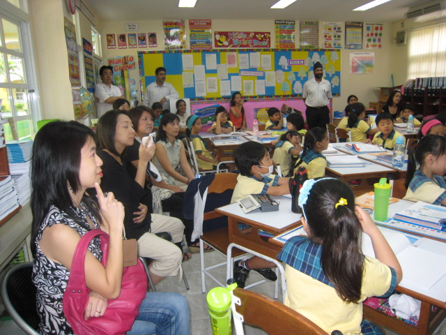 Open House - Parents get up-close to children's learning experience - Grade 2