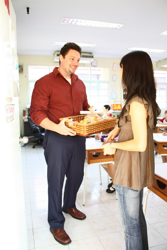 Grade 3 teacher delighted to receive his fruit basket