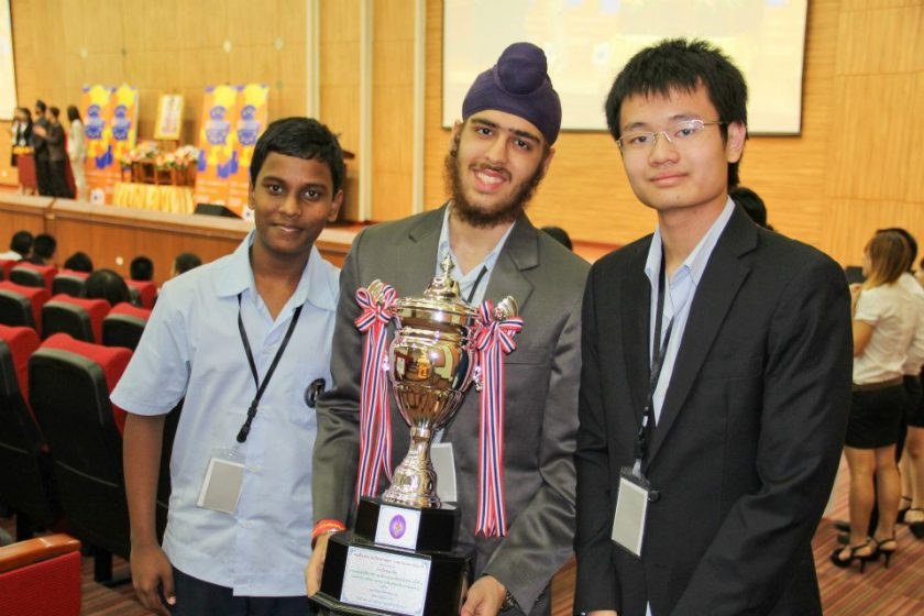 The Grand Champions of the 8th EU Thailand Inter-varsity Debate Championship