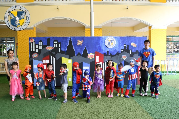 Superheroes Parade at Wells Thong Lo