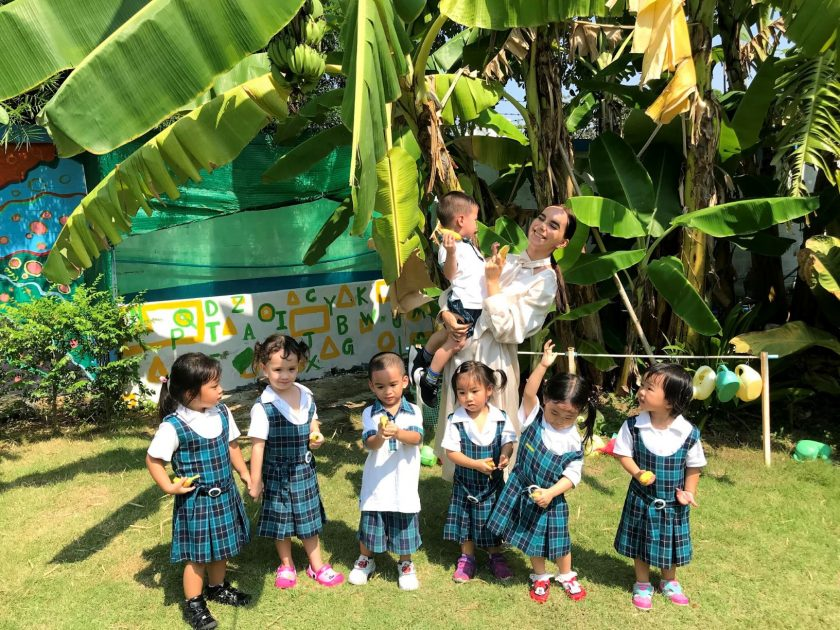 Bang Na Pre-K Class Discovers the World